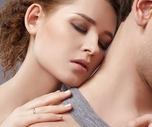 Психологи назвали 10 признаков настоящей влюбленности