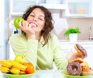 Диетолог посоветовал, как легче отучиться есть сладкое