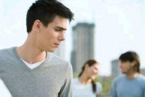 Как заставить ревновать любимого парня для освежения отношений
