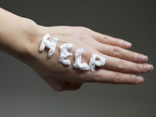 Как бороться с сухостью рук?