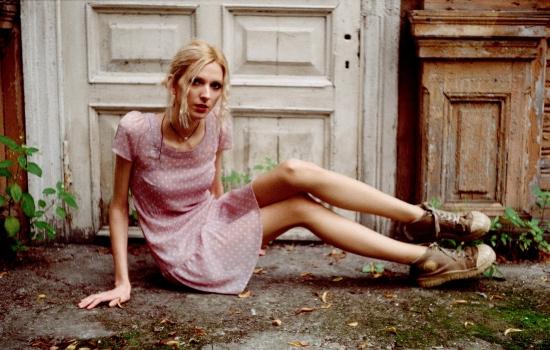 Привлекательный партнёр – частая причина анорексии у женщин