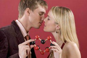 Химия любви: какие гормоны управляют чувствам