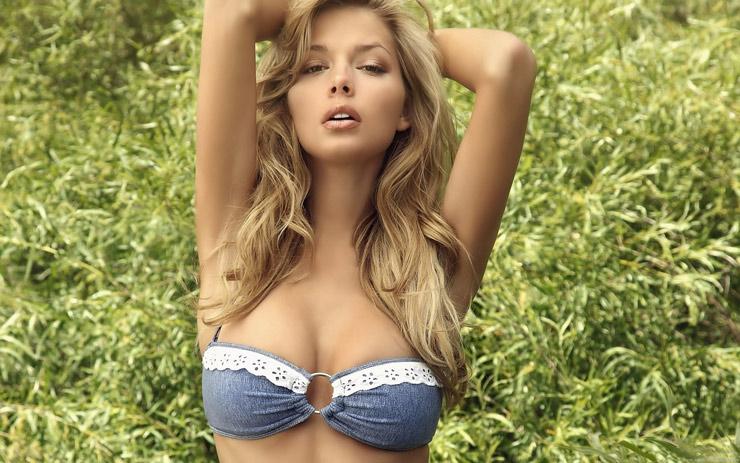 Размер женской груди с каждым поколением увеличивается