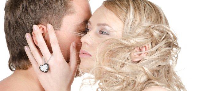 Специалисты рассказали, почему кожа партнера кажется очень мягкой