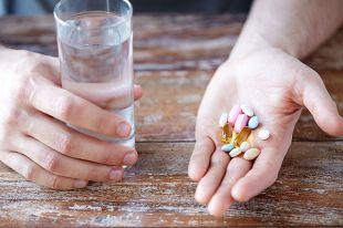 Алкоголь антибиотику не враг. Развенчание мифов о сочетаемости лекарств.