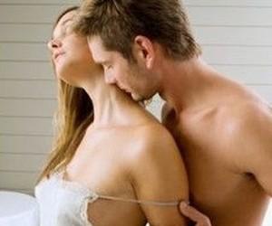 Чем женщины притягивают мужчин