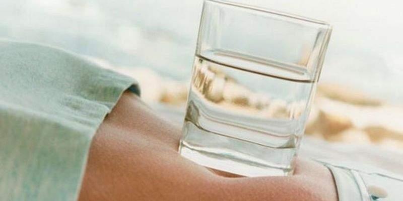 Похудеть можно с помощью обычной воды