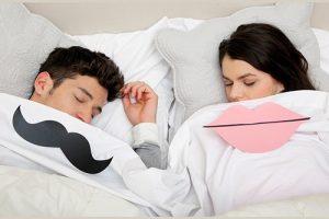 Мужчины и женщины спят по-разному