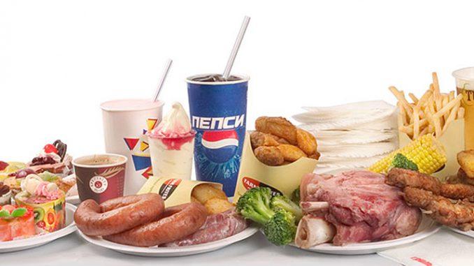 Диетологи составили список продуктов, которые стоит однозначно исключить из рациона