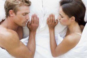 Продолжительность сна у мужчины напрямую связана с его шансами стать отцом