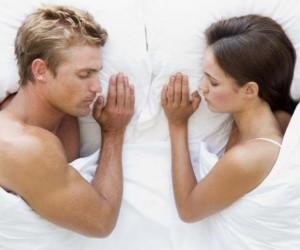 Бессонные ночи разрушат даже самые счастливые отношения