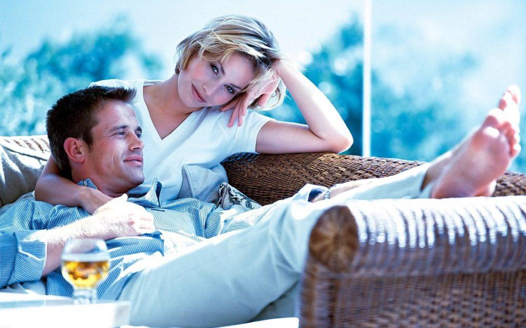 Исследователи рассказали, как романтические отношения влияют на вес женщин