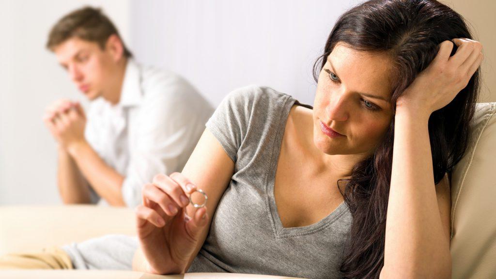 Развод — шанс начать все сначала или невосполнимая потеря? Разводиться или пытаться сохранить семью?