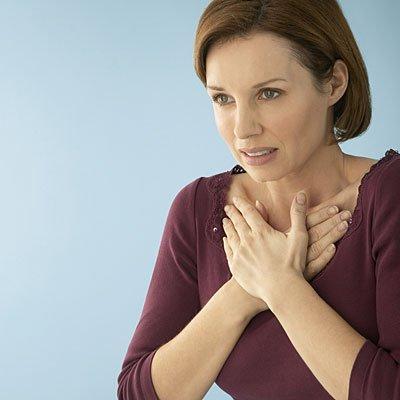 Горечь во рту, изжога и боль в животе: как заподозрить заброс желчи