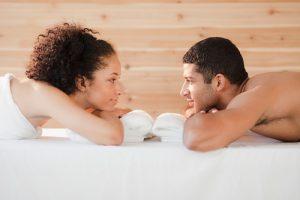 Массаж помогает укрепить романтические отношения