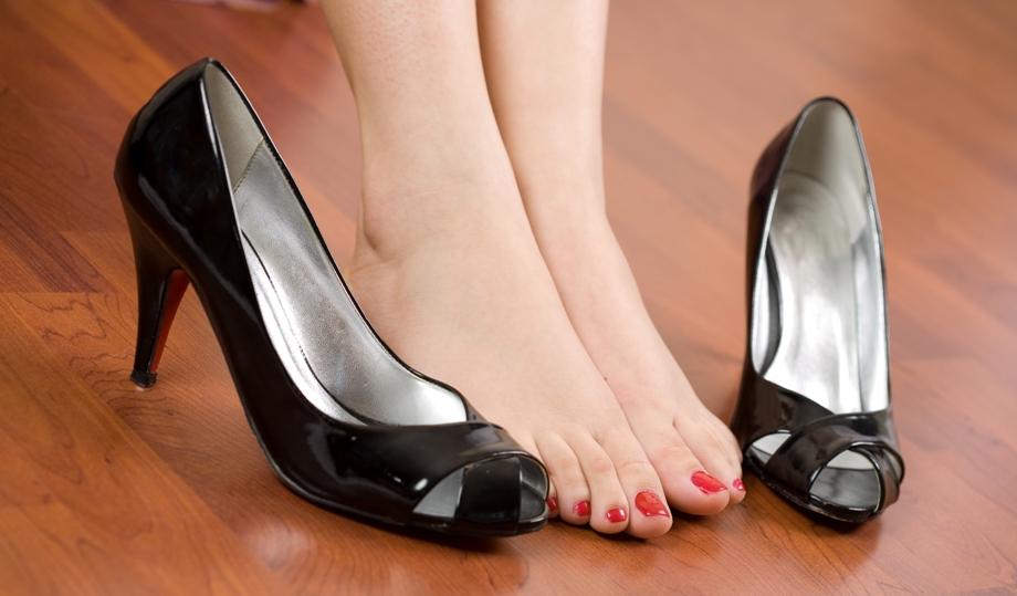 Основные причины отечности ног
