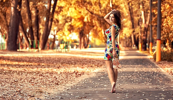 Ходьба босиком: Полезно ли ходить босиком?