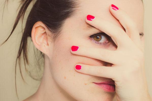 Прыщи и морщины одновременно: какой нужен уход за кожей