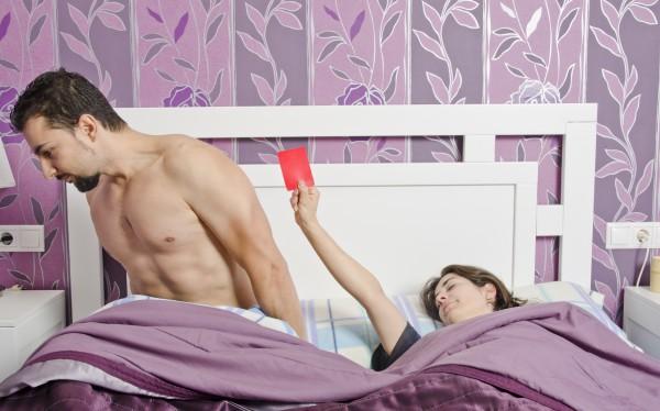 Интимная близость во время месячных – что важно знать