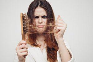 Облысение: уход за волосами, лекарства против выпадения