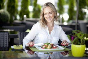 Вредные привычки: чего нельзя делать после еды