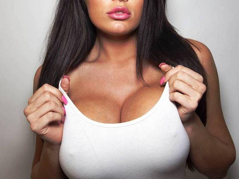 Мифы о пластической хирургии: что нам известно об увеличении груди?