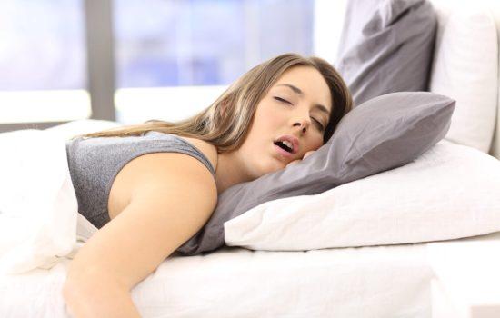 Долгий сон по выходным компенсирует бессонницу в течение недели?