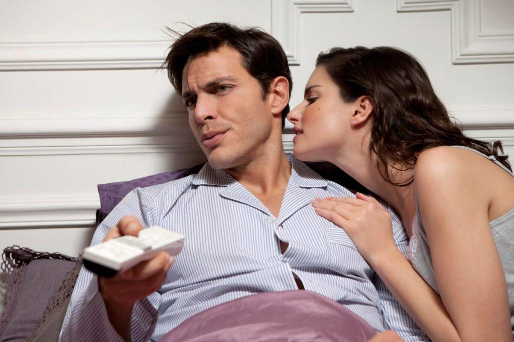 Почему мужчине становится скучно в отношениях?