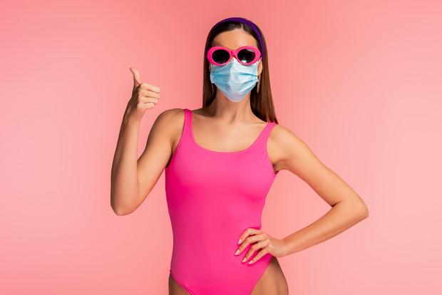 Как правильно носить маски в жару